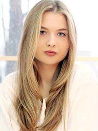 Image blondeinga47265